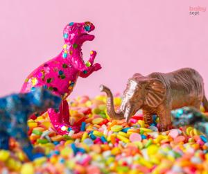 plastične igrače, kako očistiti igrače, čiščenje igrač, dezinfekcija igrač. zaščita igrač